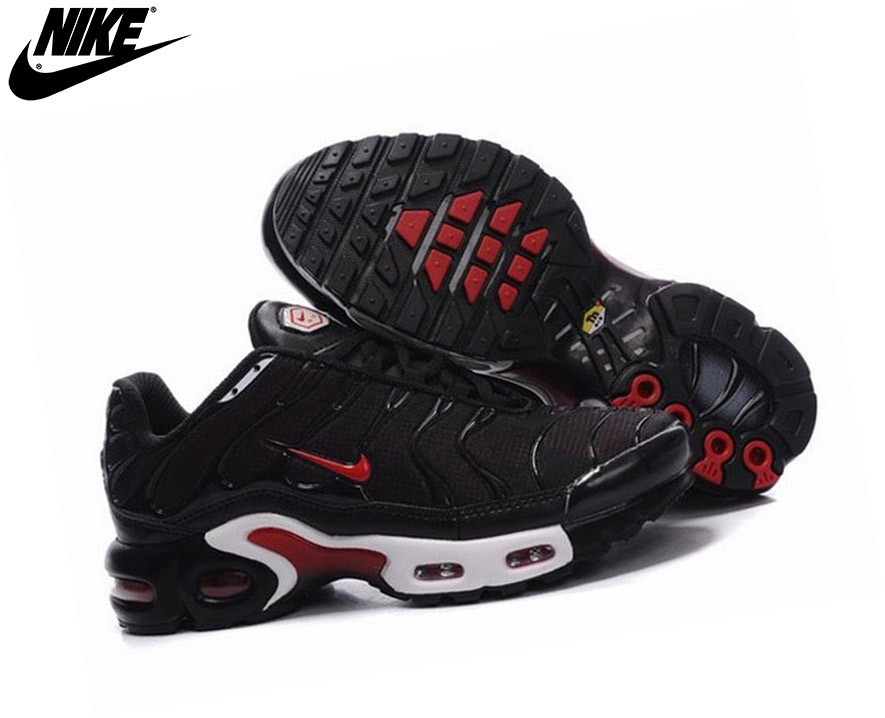 tn nike chaussure noire