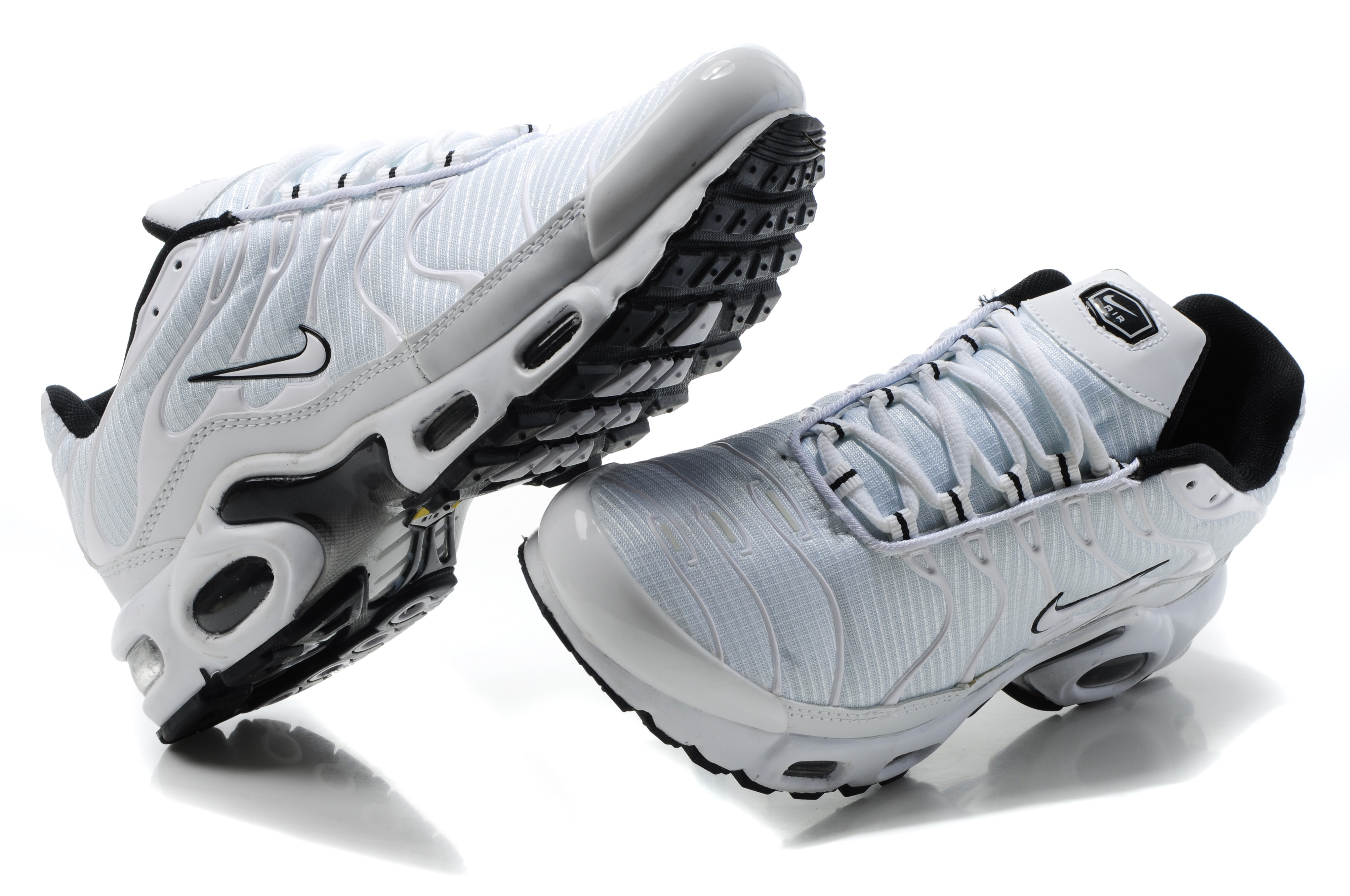 chaussures nike tn homme pas cher
