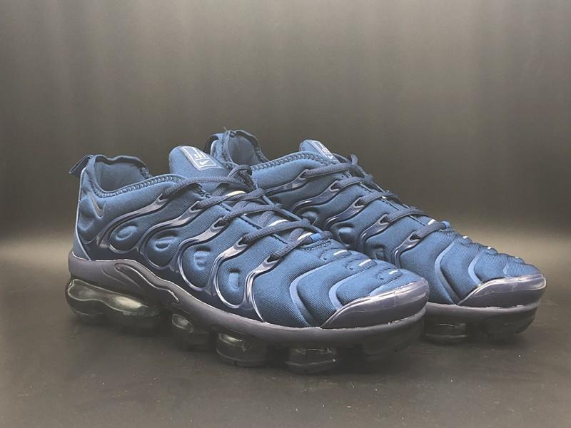 free shipping 78d74 0de75 Chaussure Nike Tn